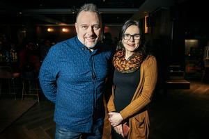 Kenneth Svensson och Ewa Forsström från Östersund var på besök i stan och passade på att se Kevin på kasinot.