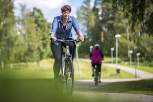 – Jag gör det för att få bra vardagsmotion, säger Sara Lindqvist.
