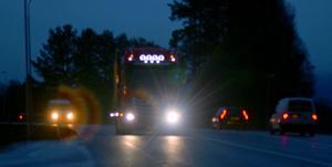 Sträckan Borlänge-Djurås är hårt trafikerad, olycksbelastad och räknas idag till de 100 farligaste vägarna i landet.