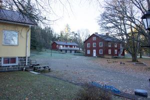 Kratte Masugns nya ägare har mycket att ta hand om: Nio byggnader med en inneryta på 4 600 kvadratmeter och 31 hektar mark med park och skog.