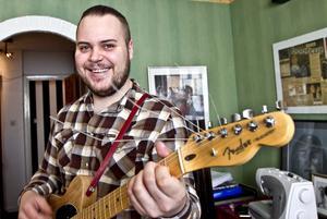 Rikard Sjöblom har releasefest för hans Gungflys nya skiva