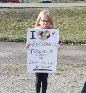 Tänk framåt. Skapa en långsiktig plan. En plan för hur kommunen ska bli den bästa kommunen att leva och verka i 2050, uppmanar flera föräldrar till barn på Håsta.