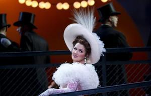Den 11 april visas Puccinis opera Tosca live från Metropolitan på bion. I titelrollen, sopranen, Anna Netrebko – årets Polarprisvinnare.