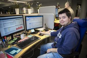 Daniel Vasquez är uthyrd från Telge tillväxt till Telge bostäder.
