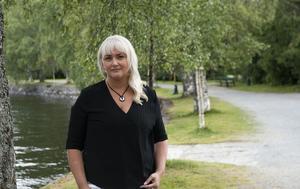 Elin Hoffner (V)