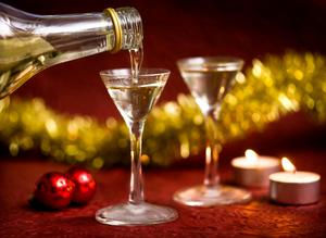 Föräldrar som dricker för mycket under julen  – den värsta synden tycker Hasse Strömberg.