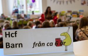 Sommarbokskaféet med Ylva Hällen riktade sig till barn från sex år och uppåt.