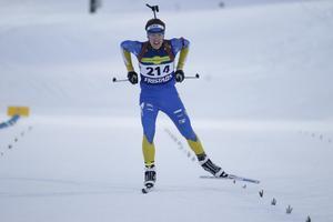 Foto: Håkan BlidbergAlfred Eriksson från Dala-Järna under målgången vid junior-SM i Östersund.
