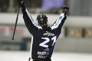Så här såg det ut större delen av matchen. Tremålsskytten Christoffer Edlund var het i mötet med Hammarby.