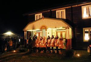 Hede Kvinnogille har arrangerat Lucia sedan 1940-talet. En tradition vis ka vara rädda om menar Hedeborna