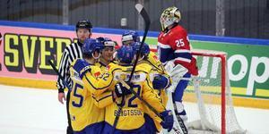 Sverige fick jubla fyra gånger om i den andra matchen mot grannlandet Norge.