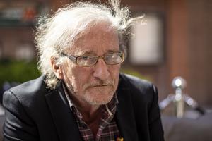 Björn Rodeholt, hotellägare som bland annat drev GIII i Östersund på 80-talet. Nu äger han företaget som gör vin på björksav.