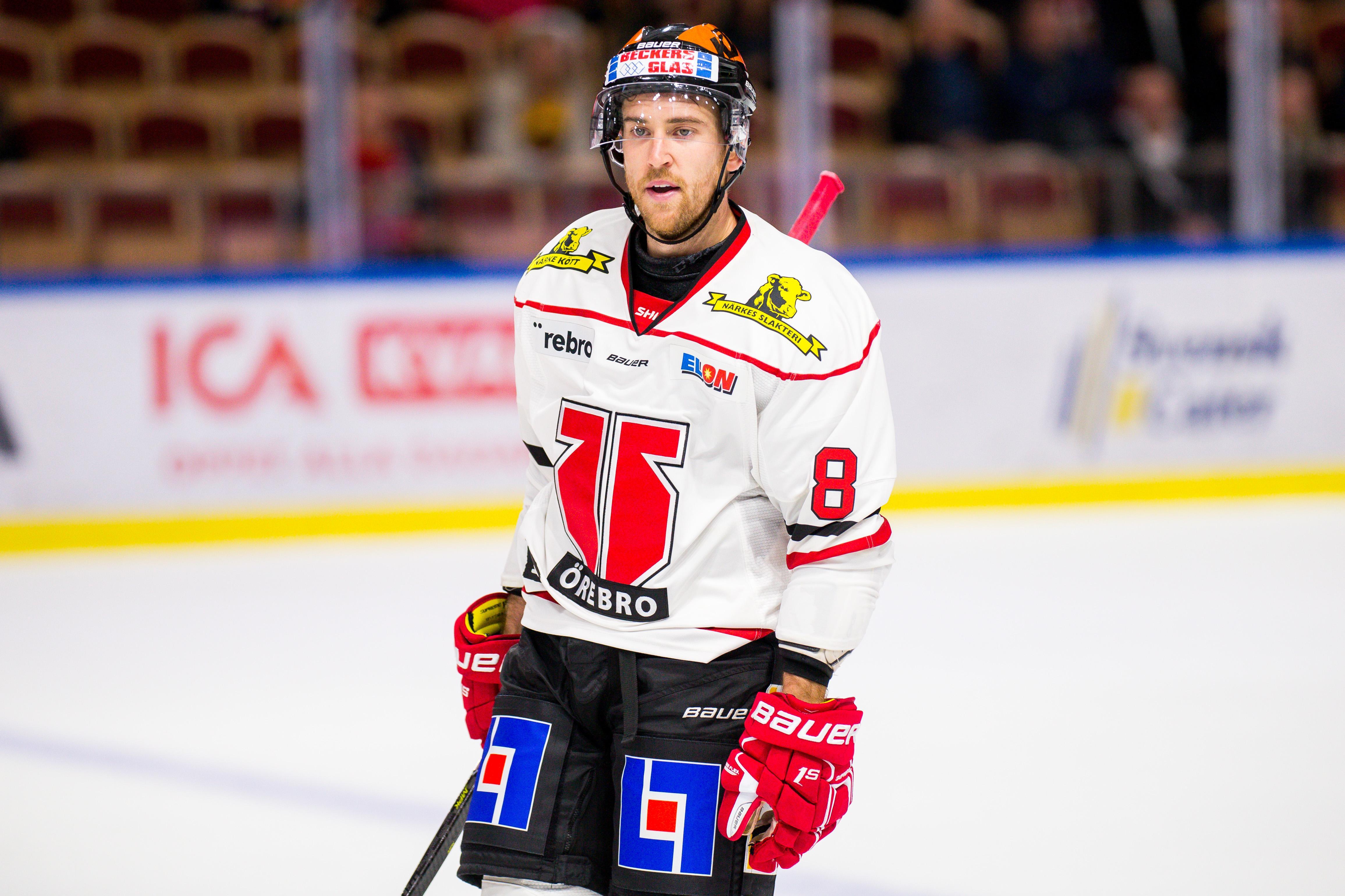 Tyson Spink är tillbaka efter sin axelskada. På fredagskvällen gjorde han comeback i Örebro Hockeys J20-lag. Arkivfoto: Ola Westerberg/Bildbyrån