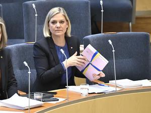 Foto: Claudio Bresciani / TT                                                  Finansminister Magdalena Andersson (S) under budgetdebatt i riksdagen.