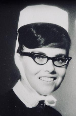 Elsa Bonta Larsson var bland annat distriktssjuksköterska i Enåker. Foto: Privat