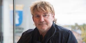 Joakim Granberg, Realistpartiet, fick i början av oktober en hjärtinfarkt.