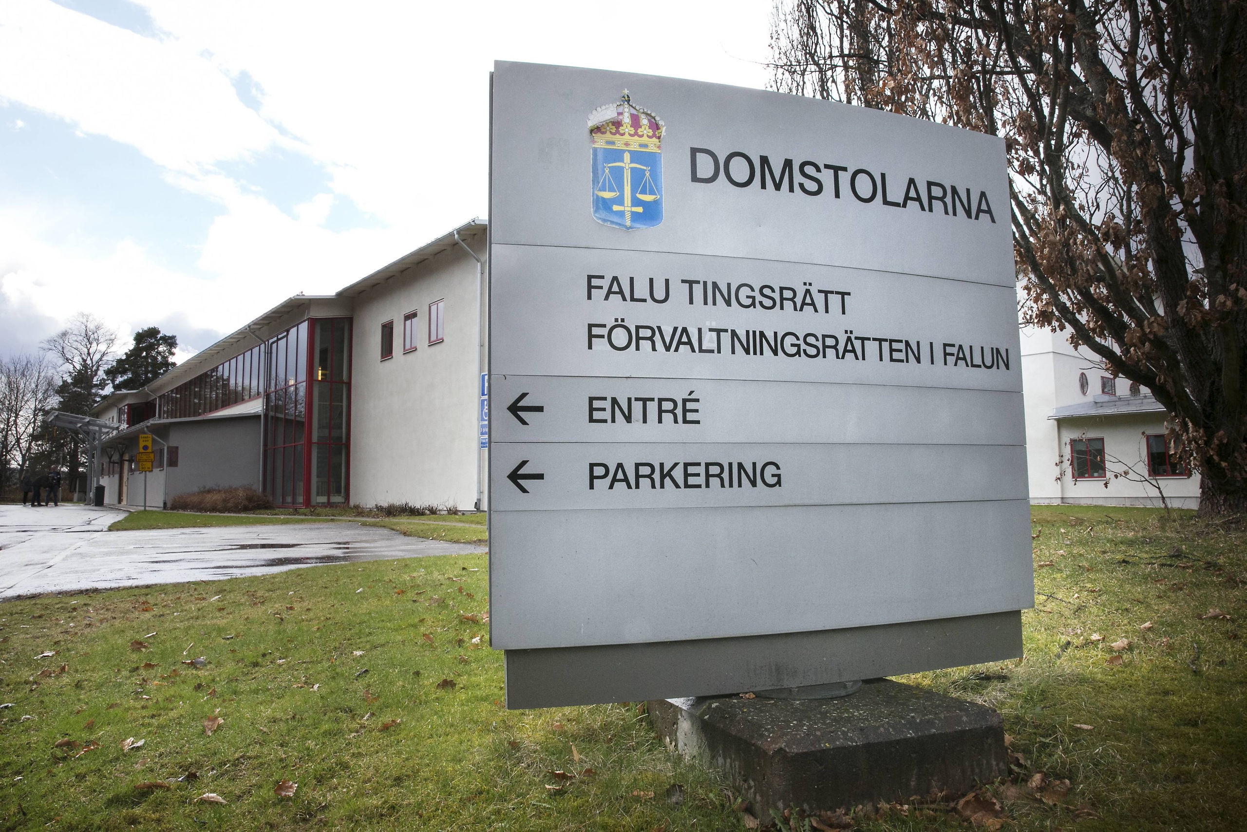 Dagsboter for valdsam polis