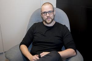 Mattias Östman kommer närmast från ett telecombolag i Östersund där han var programansvarig.