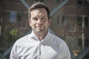 Gabriel Wikström har återhämtat sig helt sedan han avgick 2017 och kommer då och då att synas på ledarsidan där han kommer att ge sin syn på Västmanlands utmaningar.  Foto: Lars Pehrson  / TT