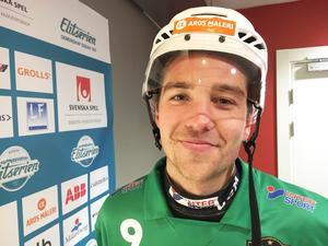 Robin Andersson ser fram emot att spela annandagsbandy i VSK-tröjan.