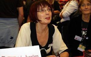 Det är första gången som Ingrid Hedström signerar böcker på bokmässan i Göteborg. Debutdeckaren kom i våras.Foto: BIRGIT NILSES GRÖNDAHL