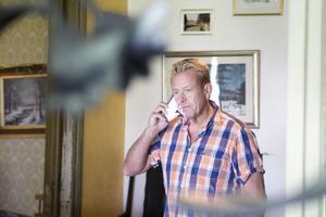 – Oerhört frustrerande att inte få ett klart besked, säger Per Linell,  ägare asylboendet i Kilafors.