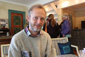 Niklas Högberg tror att idén med bredbandsbullerbyar