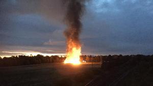 Ladan brann ned till grunden och kunde inte räddas.Foto: Göran Eriksson/läsarbild