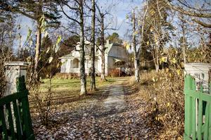 Husen i Petersvik måste bevaras, anser insändarskribenten.