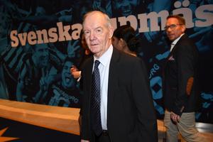 Svensk fotbolls nestor Tord Grip går i pension.