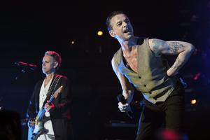 Martin Gore, till vänster, och Dave Gahan när popbandet Depeche Mode uppträdde i Chicago sommaren 2018. Foto: Rob Grabowski/TT