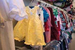 I butiken finns barnkläder upp till och med storlek 172.