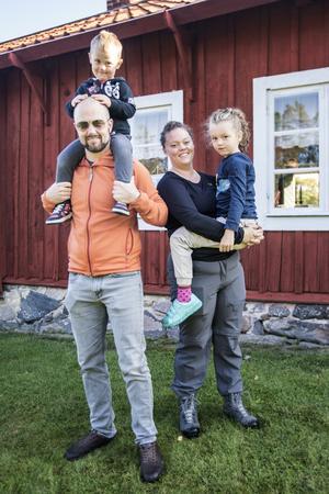 Oscar, Mattias, Annica och Olivia Wiklund från Täby.