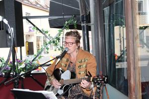 Malin Berglund spelade på Restaurang på G.