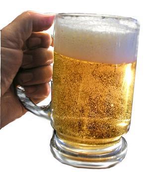 Nya öl att testa. Två veteöl, sju ale och sex ljusa lager utgör de nya ölutmanarna i Systemets ordinarie sortiment. Samtliga lanseras i april och ska finnas kvar under åtminstone ett år.