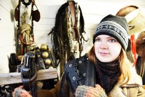 I dag ångrar Emelie sig inte att hon valde att utbilda sig till hästskötare i Rättvik.