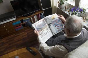 Många äldre är isolerade och mer behöver göras för att bryta ensamheten. Bilden är tagen i ett annat sammanhang. Foto: Fredrik Sandberg/TT