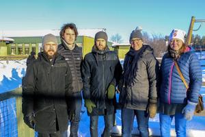 Kim Granqvist, Erik Ederwall Johan Holmer, Hanna Appelros och Malin Pettersson kan nu pusta ut efter att de lyckats övertyga skolförvaltningen om att ta ett kliv tillbaka.