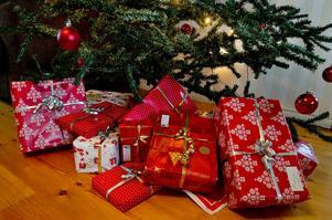 Även i år kommer anställda och långtidsvikarier hos kommunen att få en julklapp till ett värde av runt 300 kronor.Foto: Jonas Ekströmer/Arkiv
