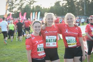 Ebba Andersson, Ebba Lindholm och Stina Lindholm skulle också springa fem kilometer.