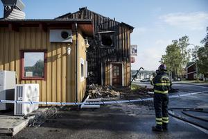Stora delar av huset skadades i samband med branden.