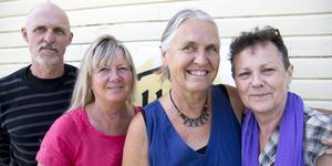 Daniel Wätte, Ingrid Waldenström, Kirsten Nisted och Ulla-Karin Sundin är några av de som driver föreningen Varma fötter.