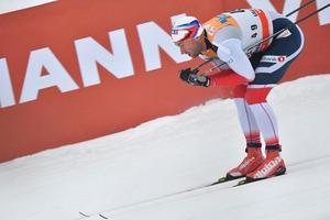 Petter Northug drar sig ur världscuptävlingarna i Lillehammer efter fiaskot i sprinten.