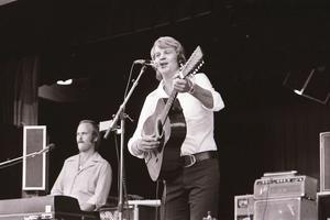 Lasse Berghagen, en av många artister som uppträtt på Jamtlikväll. Foto: Lennart Öhd