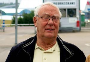 Styrbjörn Granquist, ordförande i församlingsrådet i Heliga Trefaldighets församling, är rädd att kyrkan blir helt utan lokaler i centrala Gävle.