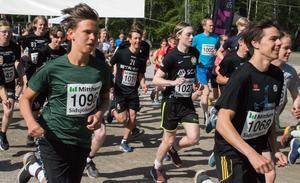 Sidsjöloppet arrangeras av Internationella föreningen och Internationella löpargruppen och veckan innan loppet hade närmare 200 löpare anmält sig. Flest deltagare sprang Milen som är startas under lördagsmorgonen.