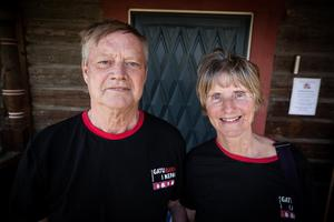 Kjell och Elisabet Lundberg från Föreningen för Gatubarn i Nepal hade åkt till Rättvik ända från Västerås.