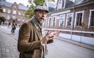 Författaren och radioprataren Kalle Lind har skrivit en biografi om författaren, underhållaren och regissören Hans Alfredson, som dog 86 år gammal i september 2017. Foto: Johan Nilsson/TT