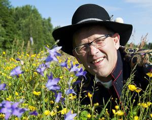 Anders Tull gillar midsommar och har märkt att publiken växt de senaste åren.