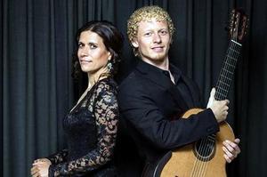 Johannes Möller tillsammans med Laura Fraticelli, som han konserterade med under festivalen. Bild: Pressbild
